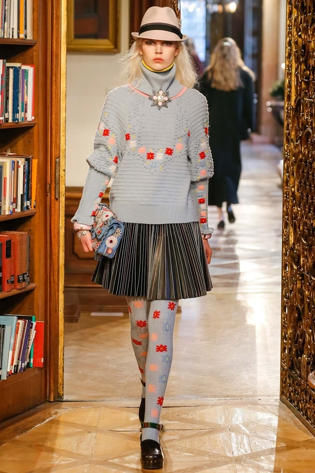 COLLECTION Chanel Pre-Fall 2015. www.imageamplified.com, Image Amplified (37)