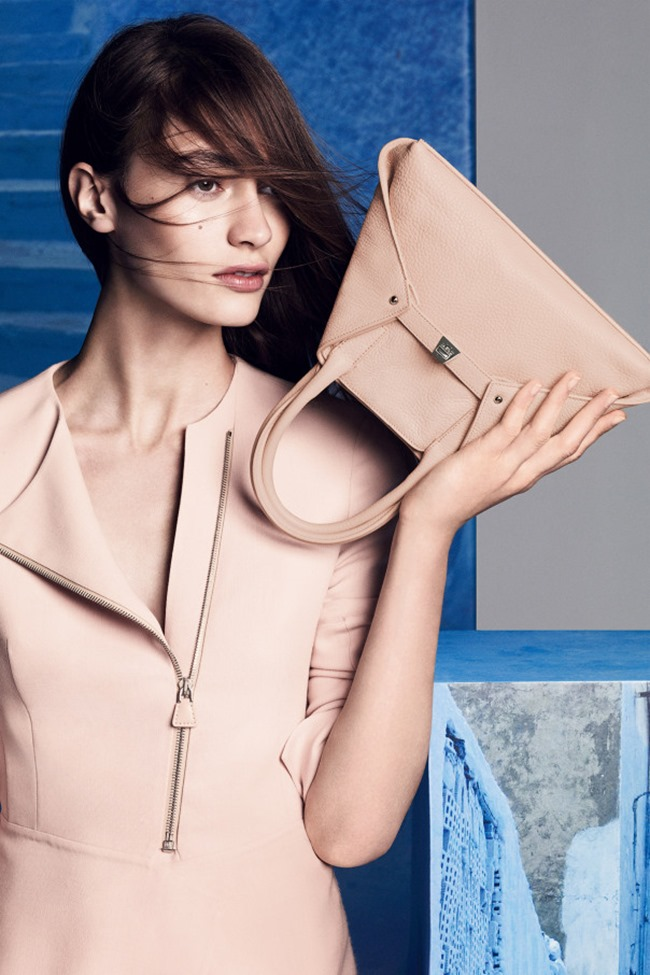 CAMPAIGN Marine Deleeuw for Akris Resort 2015 by Lachlan Bailey. www.imageamplified.com, Image Amplified (4)