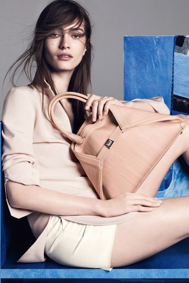 CAMPAIGN Marine Deleeuw for Akris Resort 2015 by Lachlan Bailey. www.imageamplified.com, Image Amplified (5)