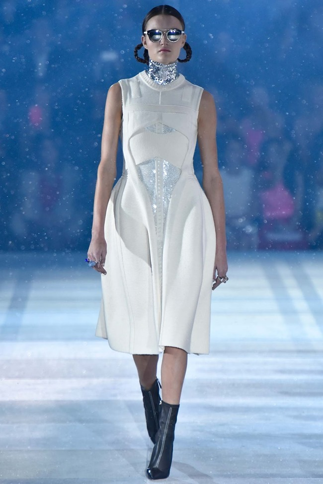 COLLECTION Christian Dior Pre-Fall 2015. www.imageamplified.com, Image Amplified (18)