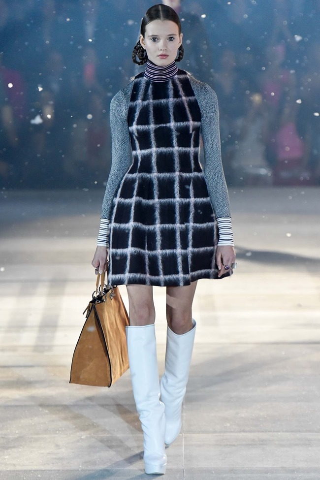 COLLECTION Christian Dior Pre-Fall 2015. www.imageamplified.com, Image Amplified (30)