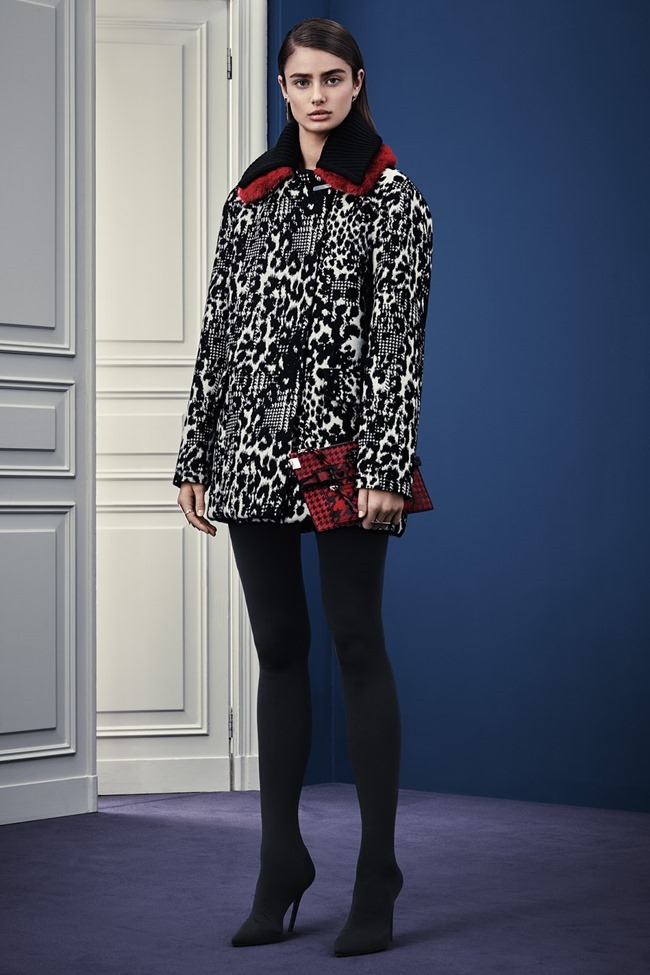 COLLECTION Versace Pre-Fall 2015. www.imageamplified.com, Image Amplified (21)
