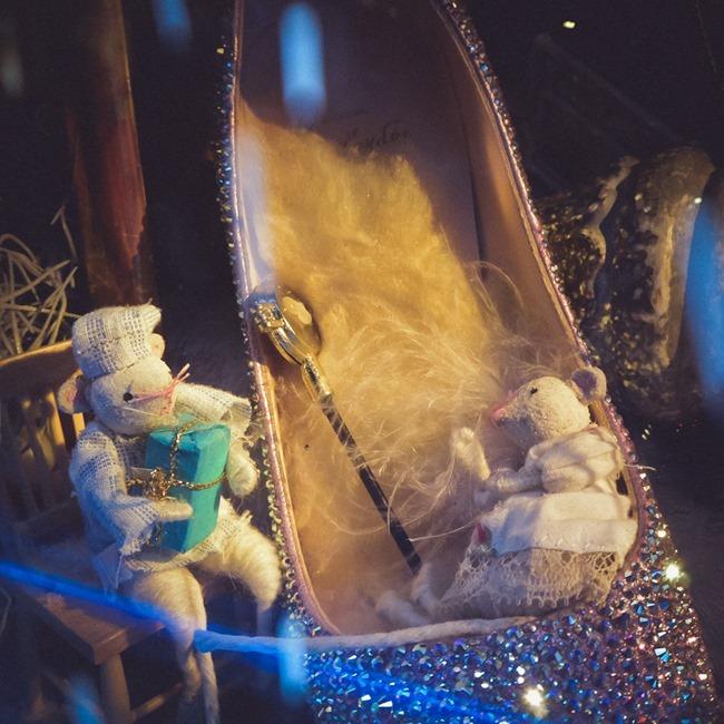 CHRISTMAS IN LONDON Harrods Windows by Troy Wise. Winter 2014, www.imageamplified.com, Image Amplified (15)