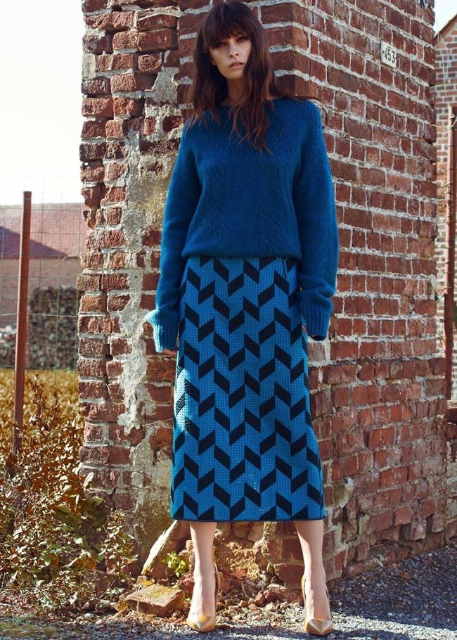 ELLE SERBIA Beth Edwards by Djamel Boucly. Helene Fonton, January 2015, www.imageamplified.com, Image Amplified (4)