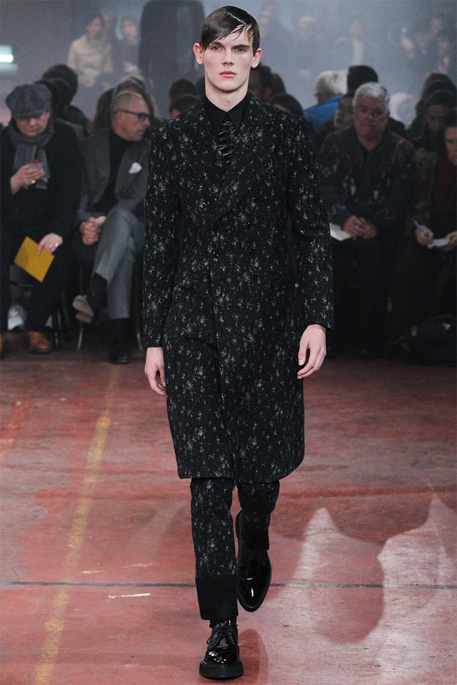 LONDON COLLECTIONS MEN Alexander McQueen Fall 2015. www.imageamplified.com, Image Amplified (5)
