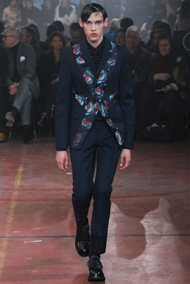 LONDON COLLECTIONS MEN Alexander McQueen Fall 2015. www.imageamplified.com, Image Amplified (25)