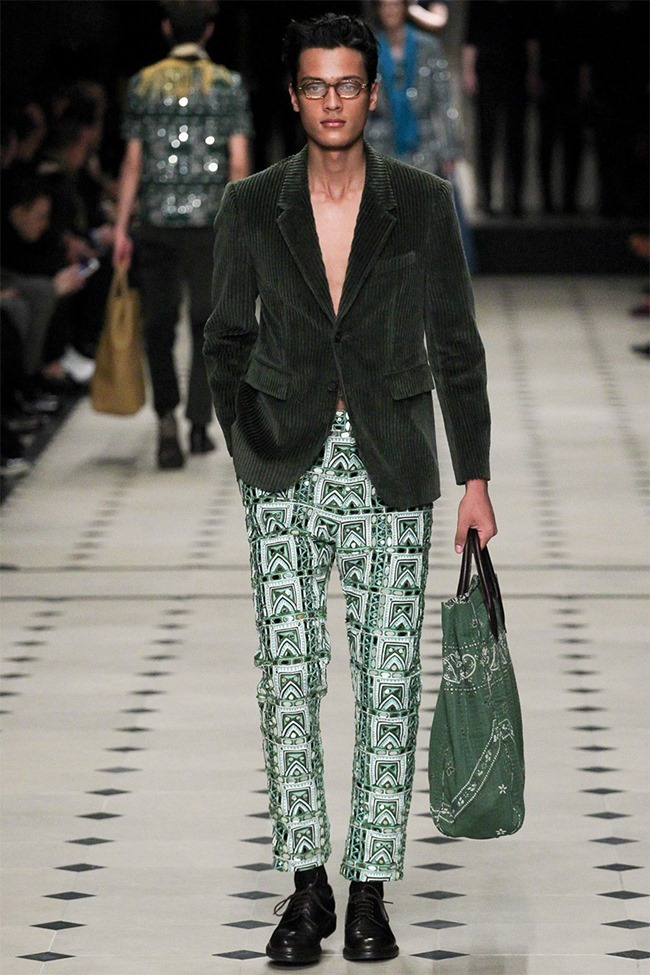 LONDON COLLECTIONS MEN Burberry Prorsum Fall 2015. www.imageamplified.com, Image Amplified (47)