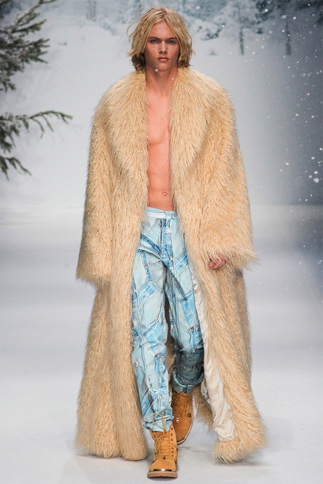 LONDON COLLECTIONS MEN Moschino Fall 2015. www.imageamplified.com, Image Amplified (42)