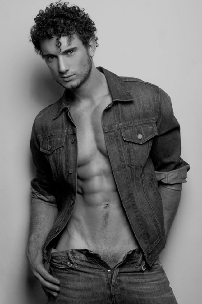 MASCULINE DOSAGE Dimitri Genco by Sean Gomes. Spring 2015, www.imageamplified.com, Image Amplified (4)