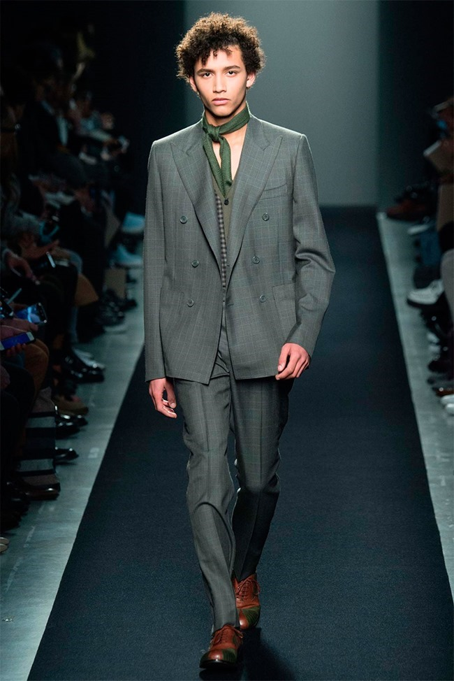 MILAN FASHION WEEK Bottega Veneta Fall 2015. www.imageamplified.com, Image Amplified (3)