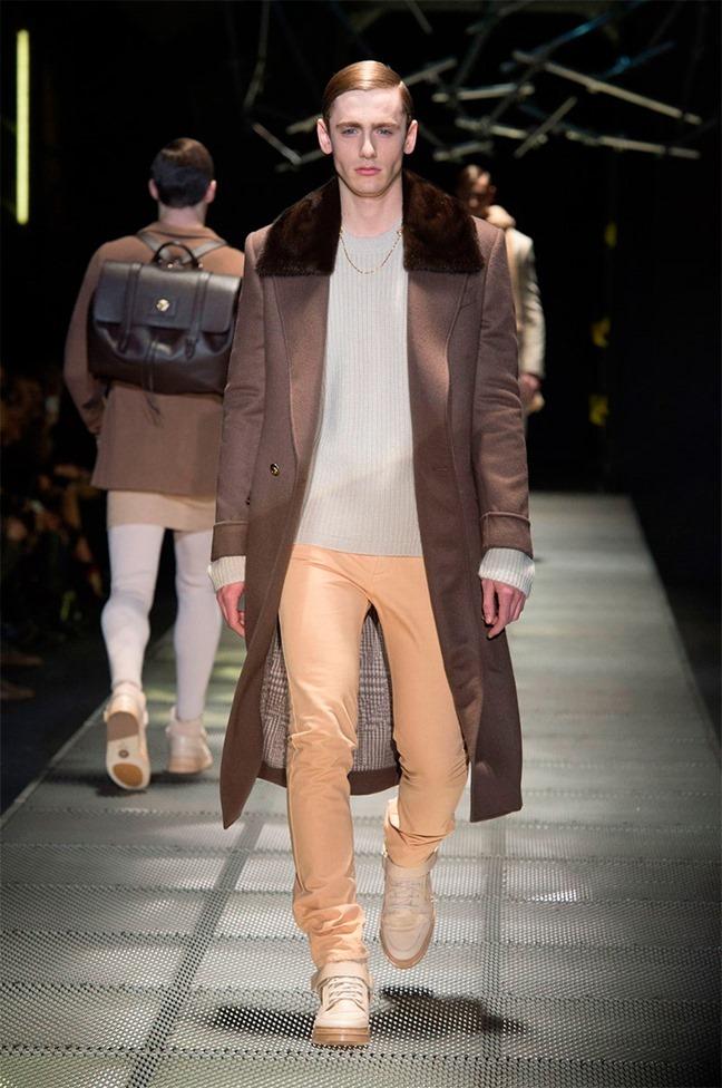 MILAN FASHION WEEK Versace Fall 2015. www.imageamplified.com, Image Amplified (24)