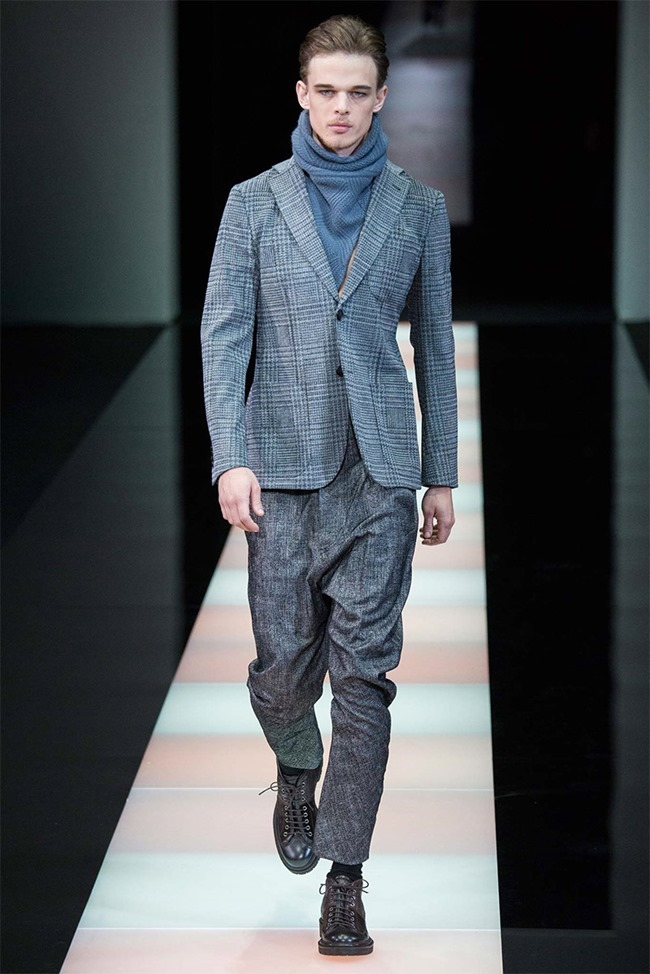 MILAN FASHION WEEK Giorgio Armani Fall 2015. www.imageamplified.com, Image Amplified (9)