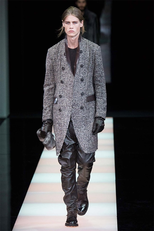 MILAN FASHION WEEK Giorgio Armani Fall 2015. www.imageamplified.com, Image Amplified (18)