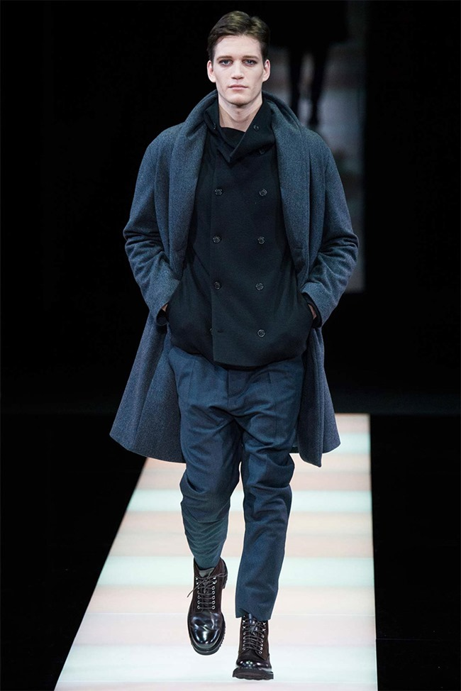 MILAN FASHION WEEK Giorgio Armani Fall 2015. www.imageamplified.com, Image Amplified (25)