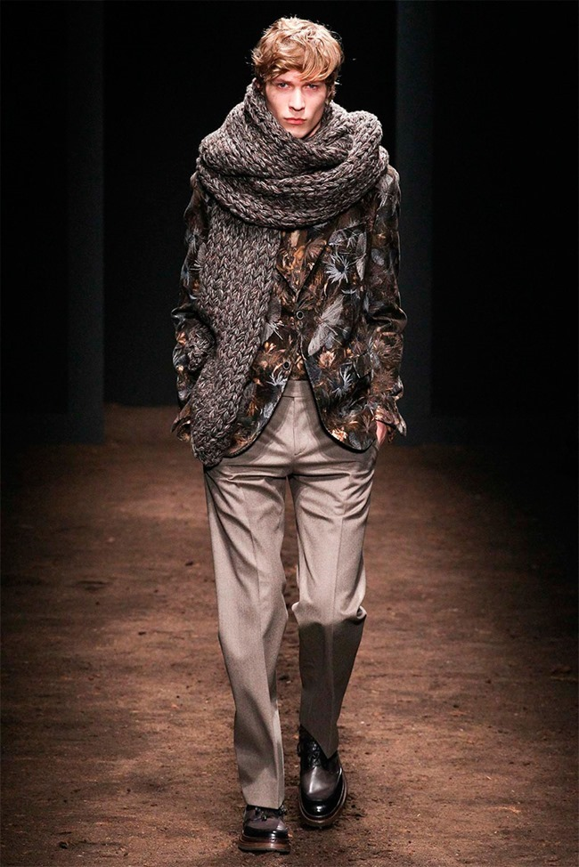 MILAN FASHION WEEK Salvatore Ferragamo Fall 2015. www.imageamplified.com, Image Amplified (21)