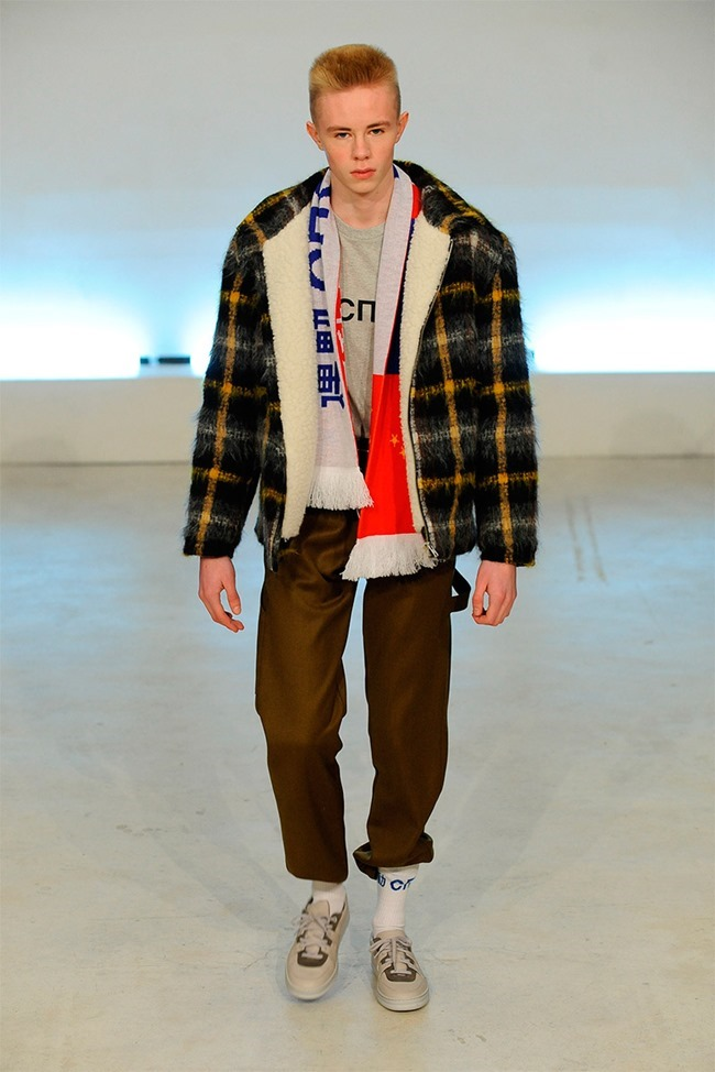 PARIS FASHION WEEK Gosha Rubchinskiy Fall 2015. www.imageamplified.com, Image Amplified (10)