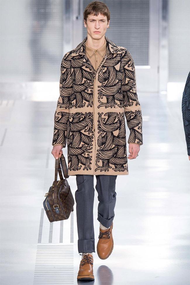 PARIS FASHION WEEK Louis Vuitton Fall 2015. www.imageamplified.com, Image Amplified (6)