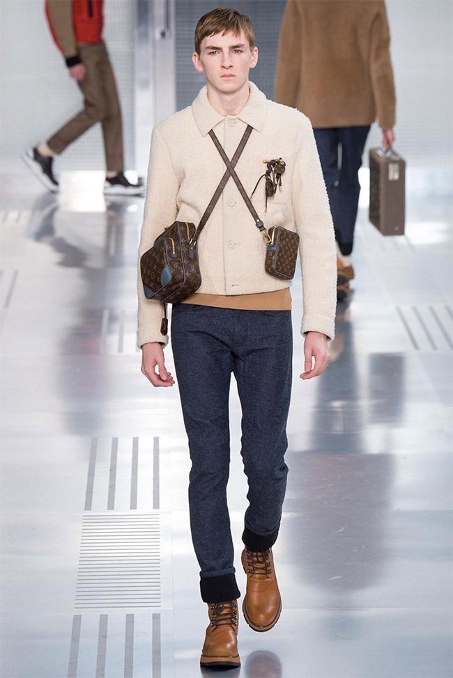 PARIS FASHION WEEK Louis Vuitton Fall 2015. www.imageamplified.com, Image Amplified (16)