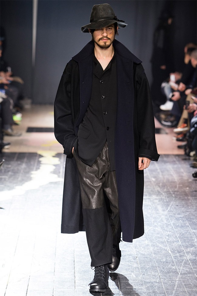 PARIS FASHION WEEK Yohji Yamamoto Fall 2015. www.imageamplified.com, Image Amplified (23)