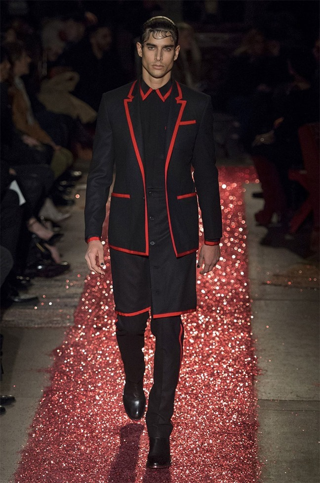 PARIS FASHION WEEK Givenchy Fall 2015. www.imageamplified.com, Image amplified (17)