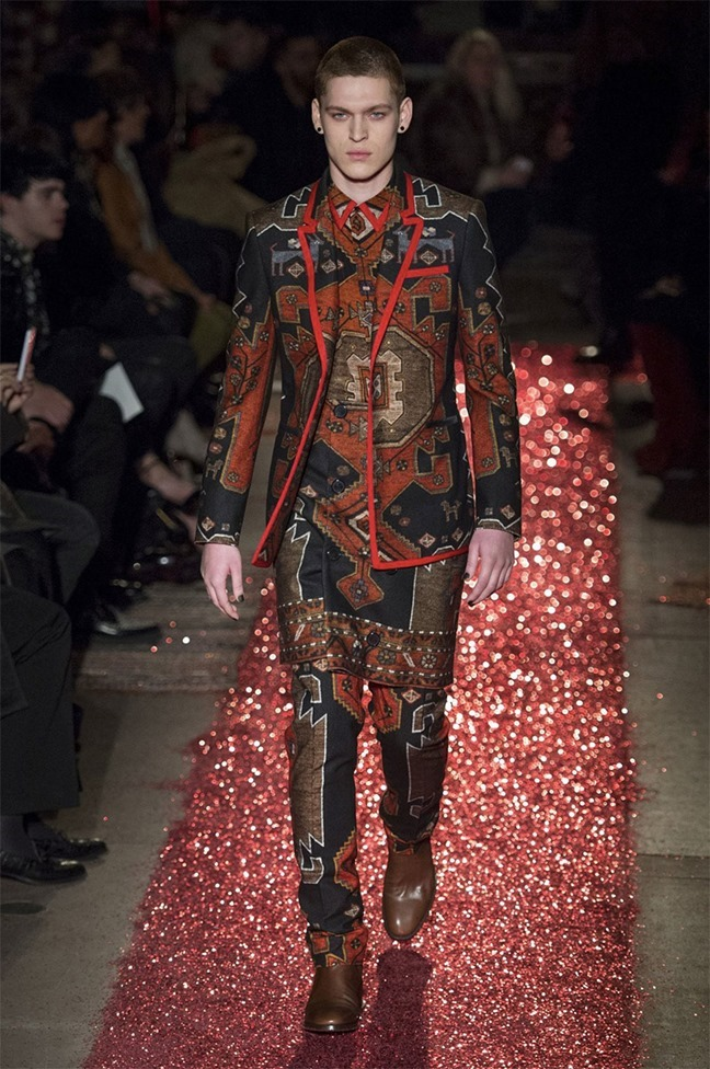 PARIS FASHION WEEK Givenchy Fall 2015. www.imageamplified.com, Image amplified (20)
