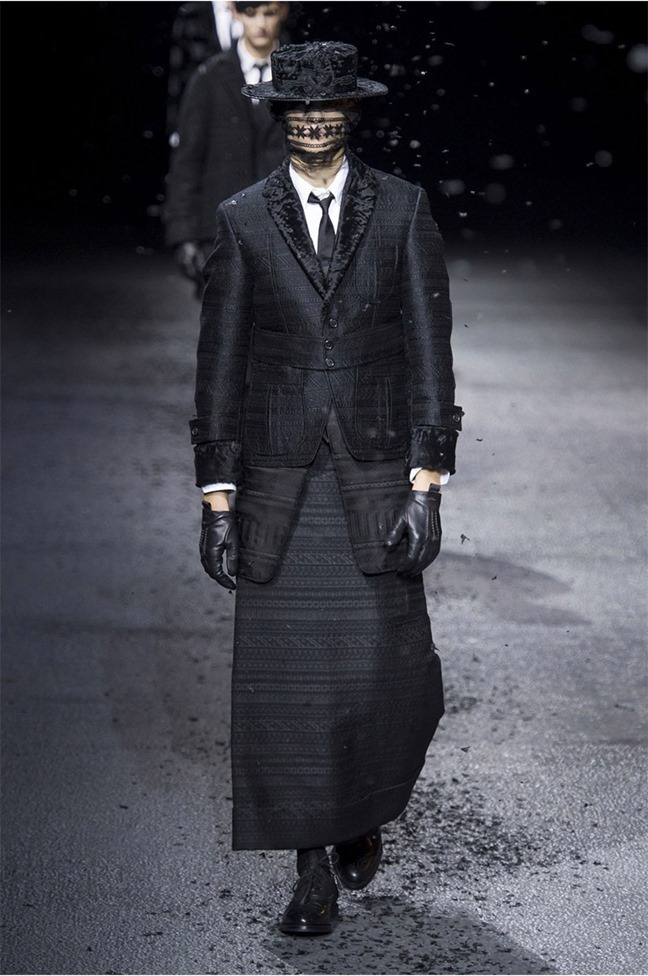 PARIS FASHION WEEK Thom Browne Fall 2015. www.imageamplified.com, Image Amplified (2)