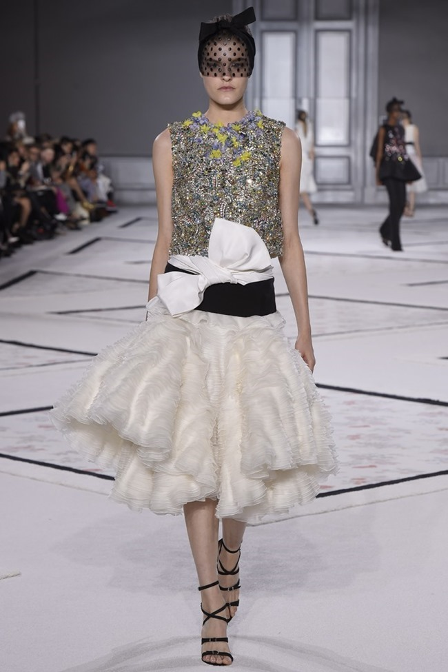 PARIS HAUTE COUTURE Giambattista Valli Couture Spring 2015. www.imageamplified.com, Image Amplified (22)