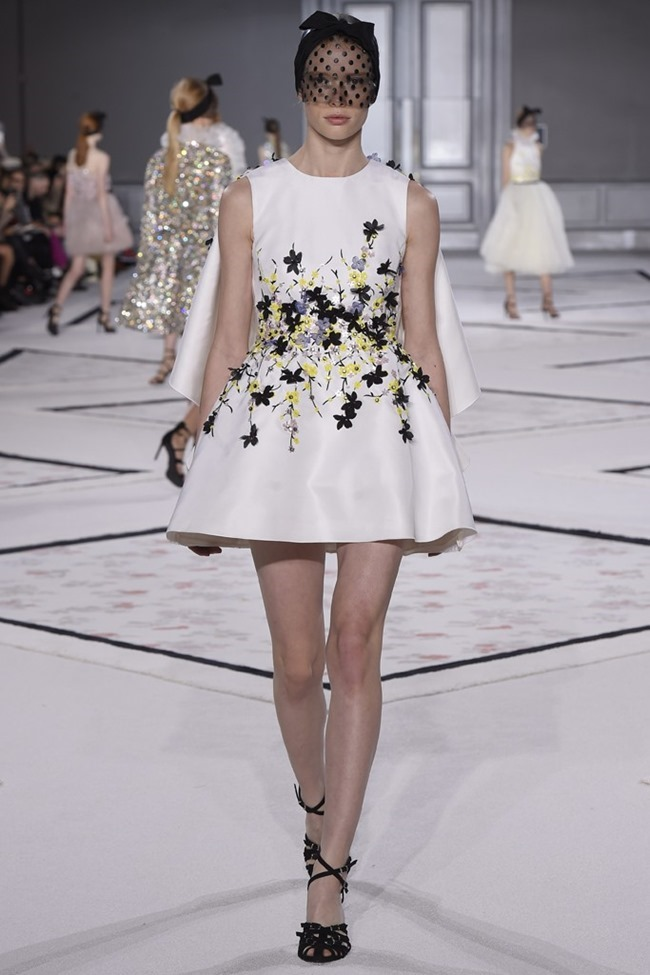 PARIS HAUTE COUTURE Giambattista Valli Couture Spring 2015. www.imageamplified.com, Image Amplified (25)