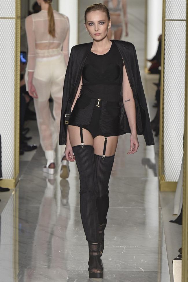 PARIS HAUTE COUTURE La Perla Atelier Couture Spring 2015. www.imageamplified.com, Image Amplified (13)