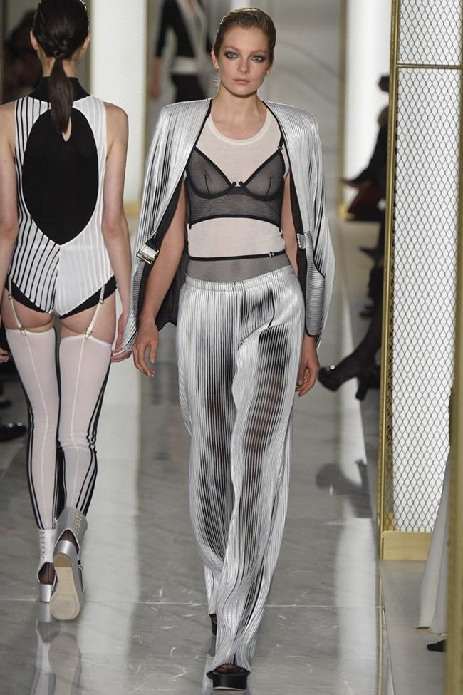PARIS HAUTE COUTURE La Perla Atelier Couture Spring 2015. www.imageamplified.com, Image Amplified (16)