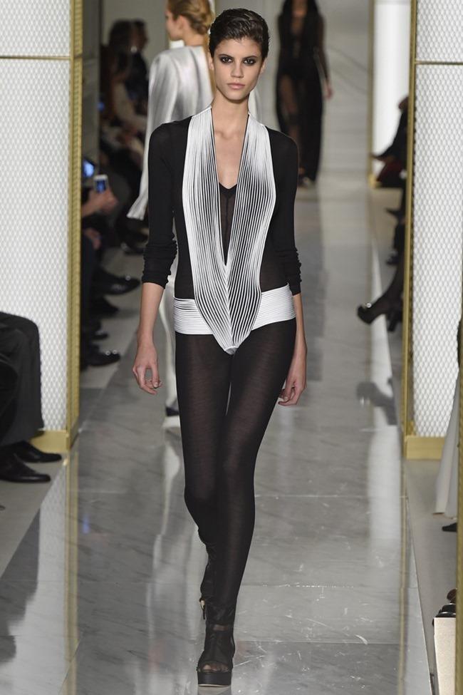 PARIS HAUTE COUTURE La Perla Atelier Couture Spring 2015. www.imageamplified.com, Image Amplified (17)
