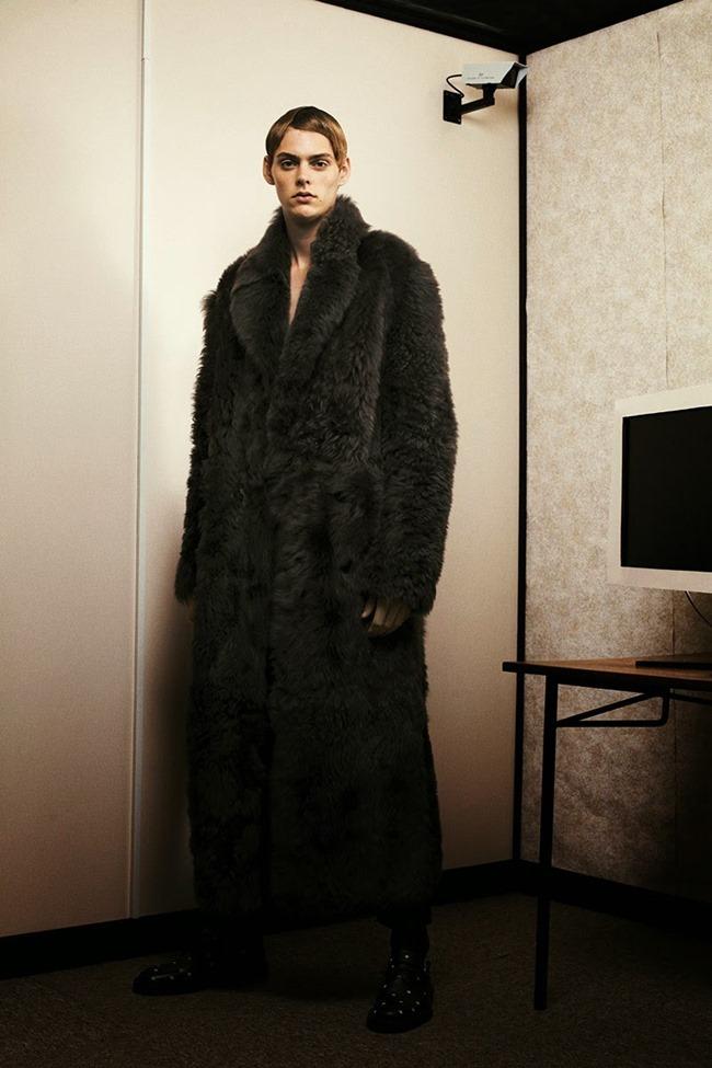 METAL MAGAZINE Mats van Snippenberg in Dior Homme by Nicola Maria Winkler, Spring 2015, www.imageamplified.com, Image Amplified (6)
