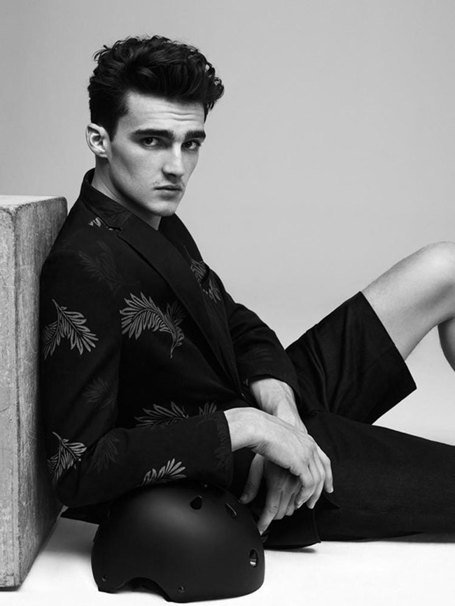 CAMPAIGN Elliot Vulliod & Jaco van den Hoven for Tween Spring 2015 by Umit Savaci, www.imageamplified.com, Image Amplified (6)