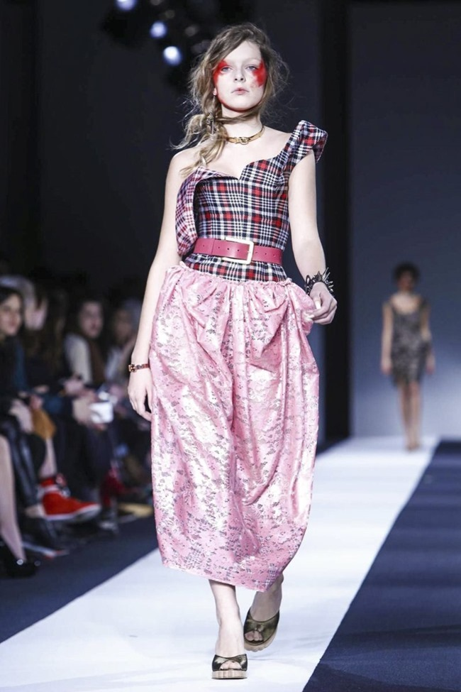 LONDON FASHION WEEK Vivienne Westwood Red Label Fall 2015. www.imageamplified.com, Image Amplified (34)
