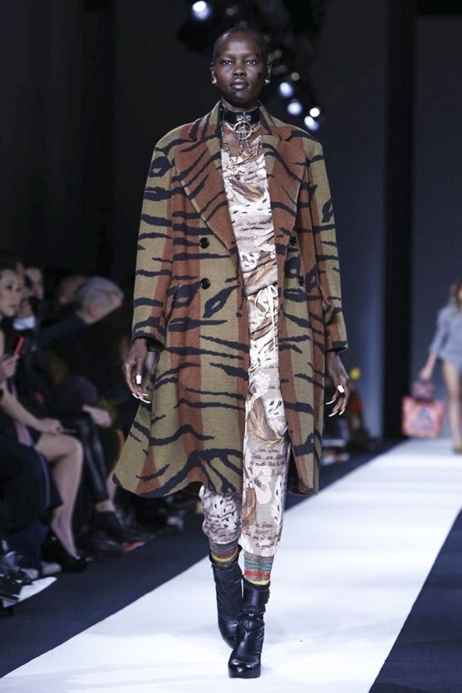 LONDON FASHION WEEK Vivienne Westwood Red Label Fall 2015. www.imageamplified.com, Image Amplified (4)