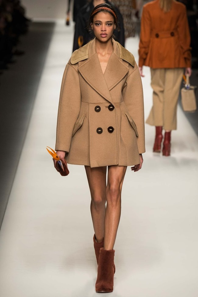 MILAN FASHION WEEK Fendi Fall 2015. www.imageamplified.com, Image Amplified (25)