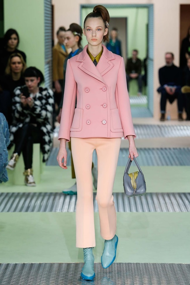 MILAN FASHION WEEK Prada Fall 2015. www.imageamplified.com, Image Amplified (2)