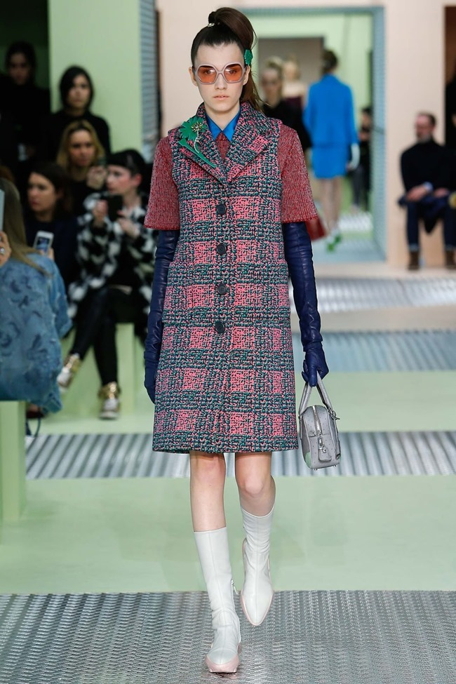 MILAN FASHION WEEK Prada Fall 2015. www.imageamplified.com, Image Amplified (18)