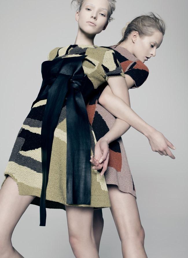 V MAGAZINE Sasha Luss & Daria Strokous by Pierre Debusschere. Tom van Dorpe, Spring 2015, www.imageamplified.com, Image Amplified (1)