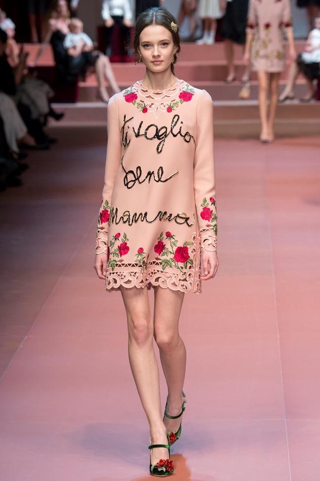 MILAN FASHION WEEK Dolce & Gabbana Fall 2015. www.imageamplified.com, Image Amplified (2)