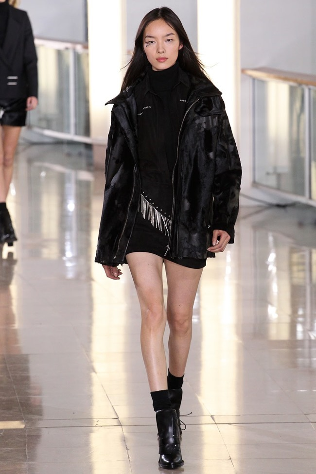 PARIS FASHION WEEK Anthony Vaccarello Fall 2015. www.imageamplified.com, Image Amplified (29)