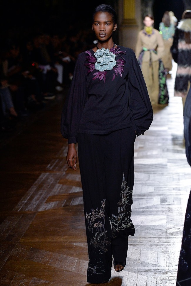 PARIS FASHION WEEK Dries Van Noten Fall 2015. www.imageamplified.com, Image Amplified (67)