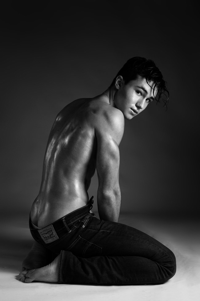 MASCULINE DOSAGE Enzo Carini by Alexandre Eustache. Spring 2015, www.imageamplified.com, Image Amplified (7)