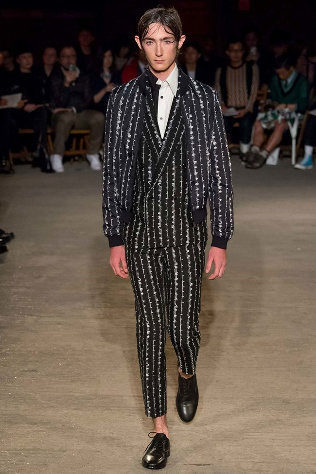 LONDON COLLECTIONS MEN Alexander McQueen Spring 2016. LCM, www.imageamplified.com, Image Amplified (22)