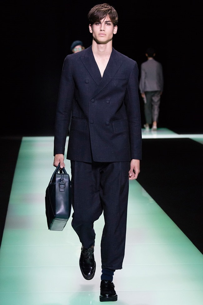MILAN FASHION WEEK Emporio Armani Spring 2016. www.imageamplified.com, Image Amplified (22)
