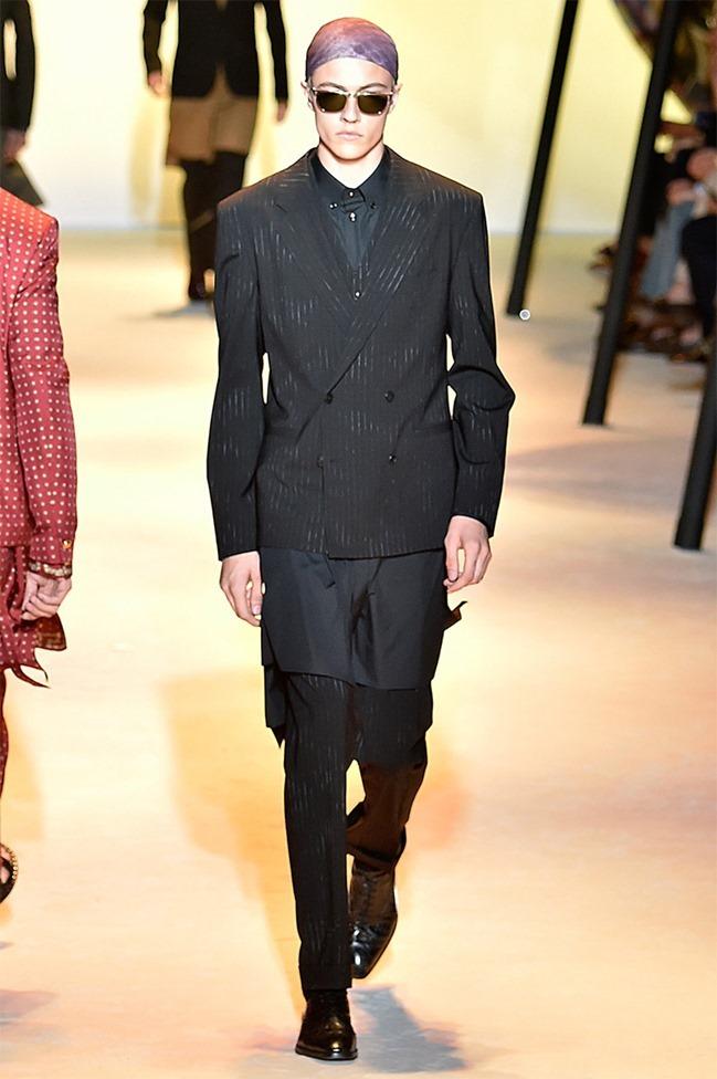 MILAN FASHION WEEK Versace Spring 2016. www.imageamplified.com, Image Amplified (3)
