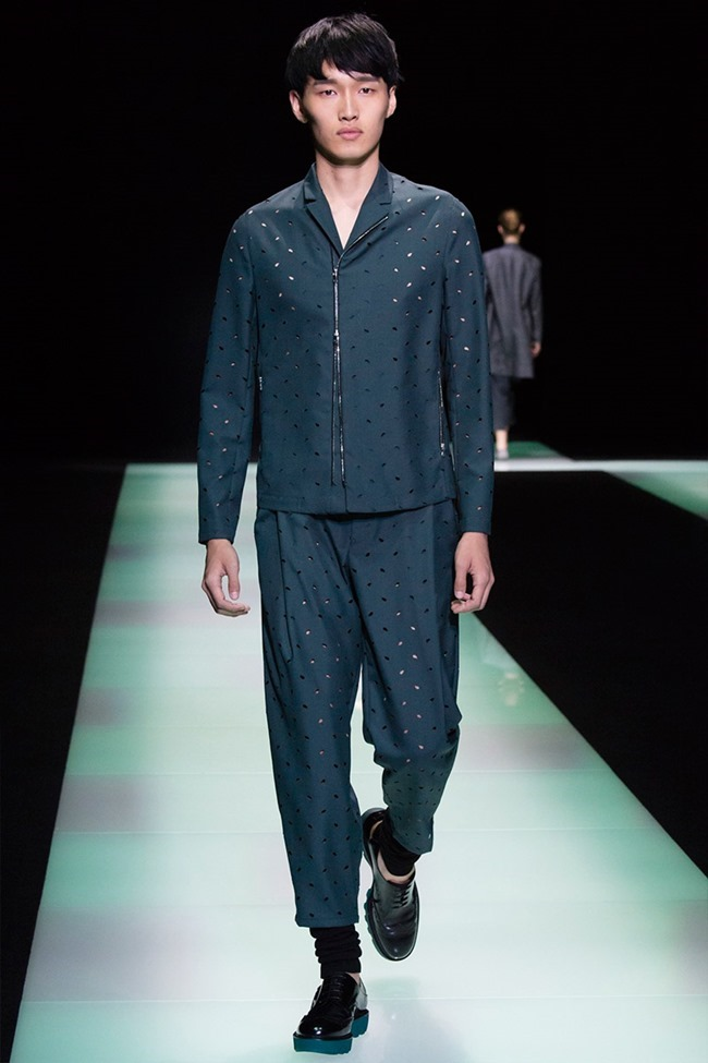 MILAN FASHION WEEK Emporio Armani Spring 2016. www.imageamplified.com, Image Amplified (62)