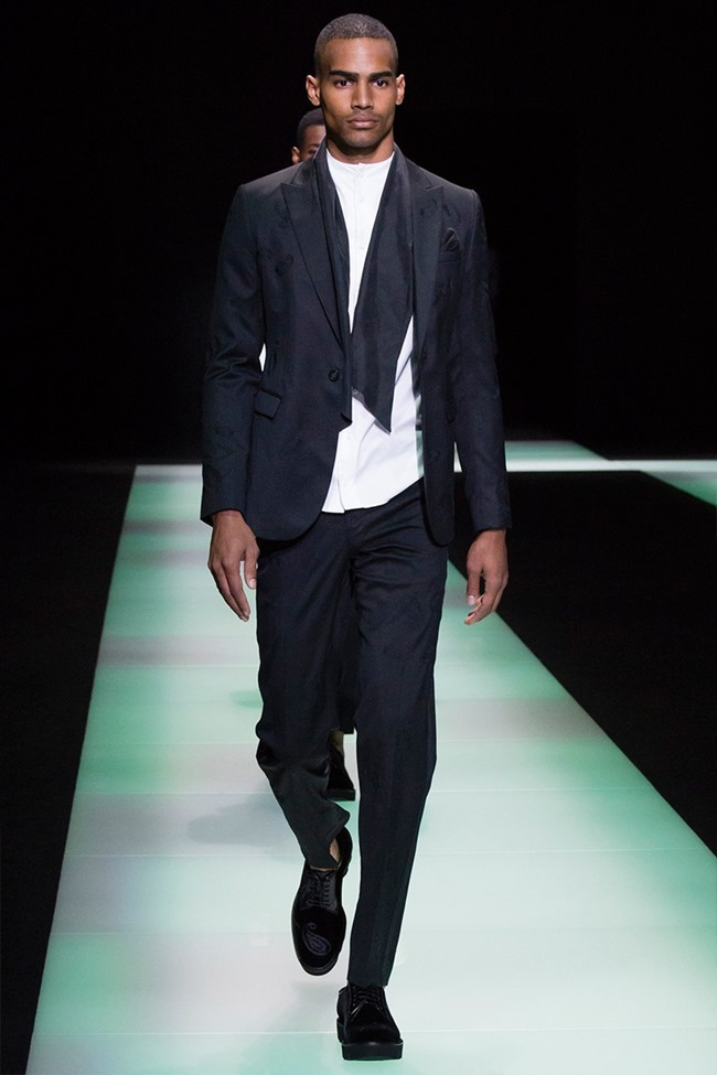 MILAN FASHION WEEK Emporio Armani Spring 2016. www.imageamplified.com, Image Amplified (66)