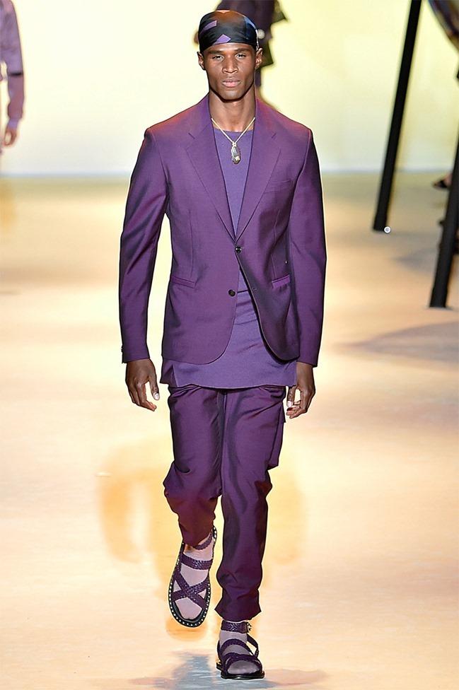 MILAN FASHION WEEK Versace Spring 2016. www.imageamplified.com, Image Amplified (21)