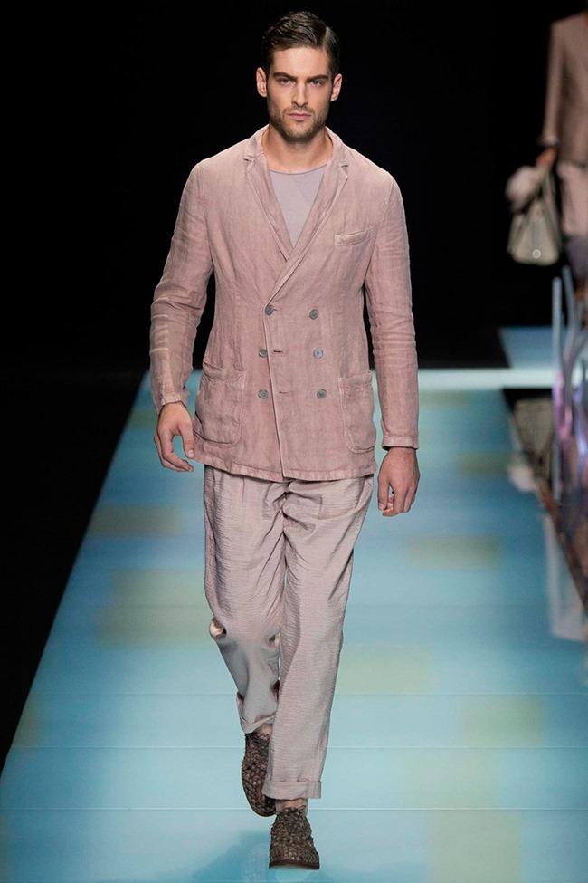 MILAN FASHION WEEK Giorgio Armani Spring 2016. www.imageamplified.com, Image Amplified (19)